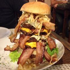 Big Kahuna Burger e seu Ezequiel 25:17