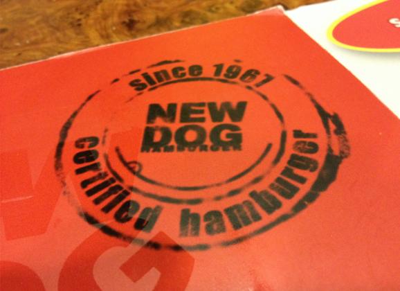 New Dog e seu Mundo Paralelo