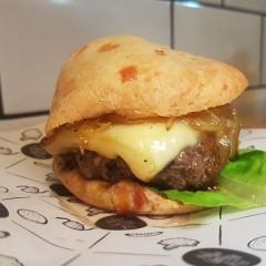 Conhecemos o burger e outros sandubas d'A Pão de Queijaria – Belo Horizonte/MG