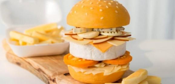 """Seria um X-Cheese? Loja lança """"o cheeseburger definitivo"""""""