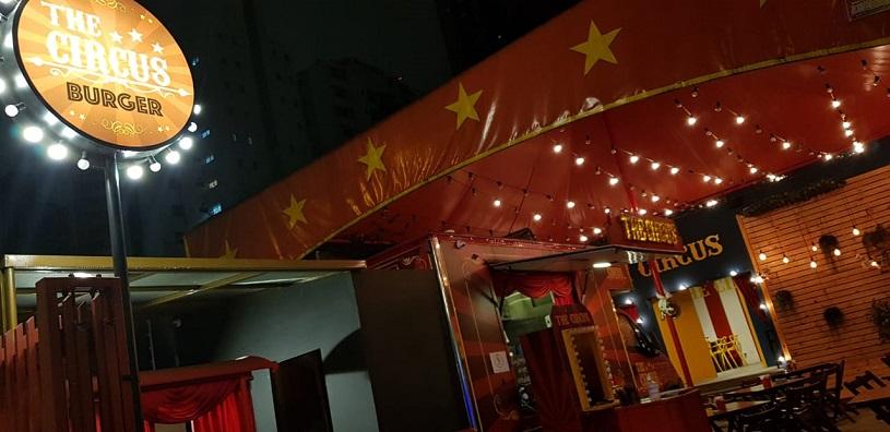 the circus burger 01