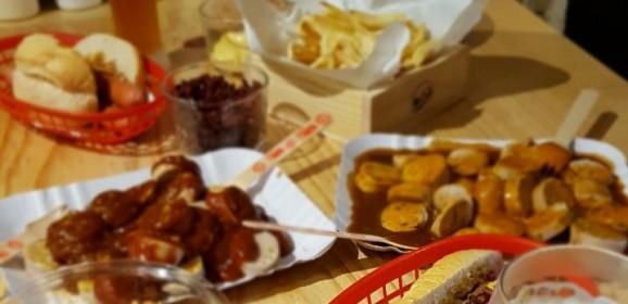 Invadimos a Hela Spice | Conheça os molhos, temperos e confira receiras de burgers e hot dogs