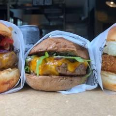 Tuk Burger | Do tuk tuk para uma casa na Vila Madalena