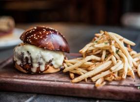 Restaurante Fôrno coloca Hambúrguer no Cardápio