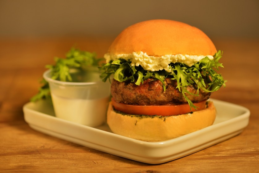have a nice burger_meteora