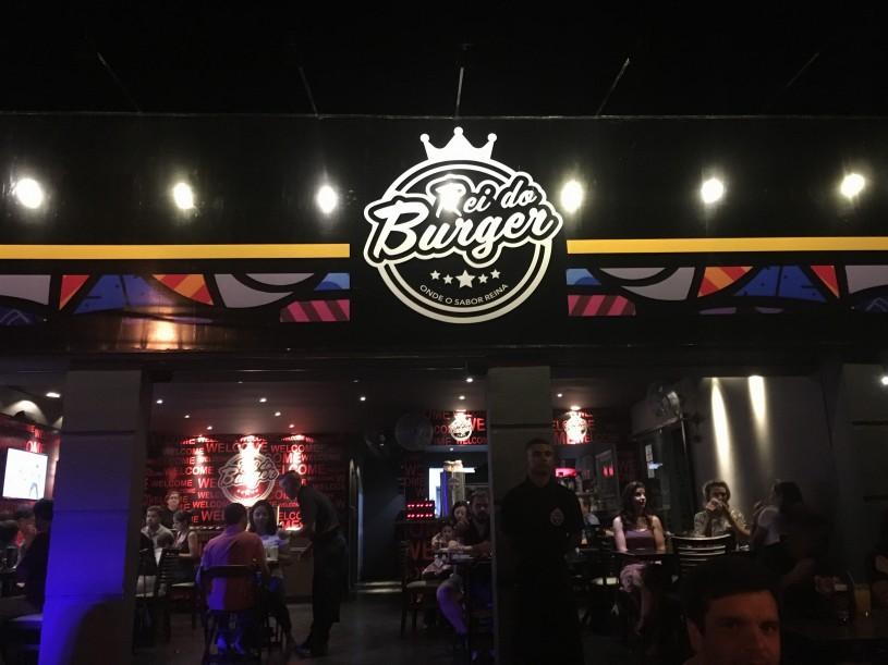 rei do burger 01