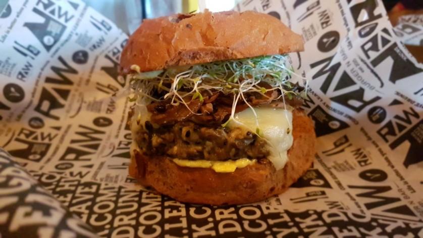 raw burger n var veggie 8