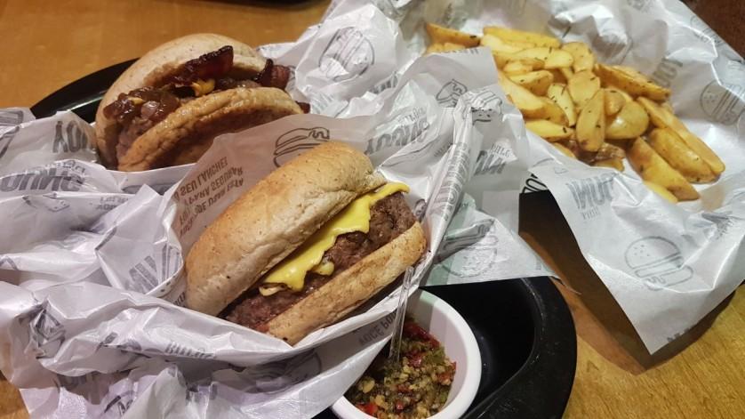 young burger 07
